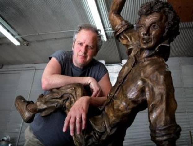 ダニエル・スターン銅彫刻家