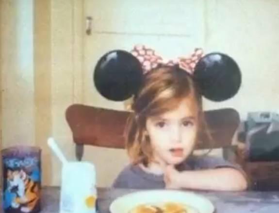 エマワトソンの幼少期の写真
