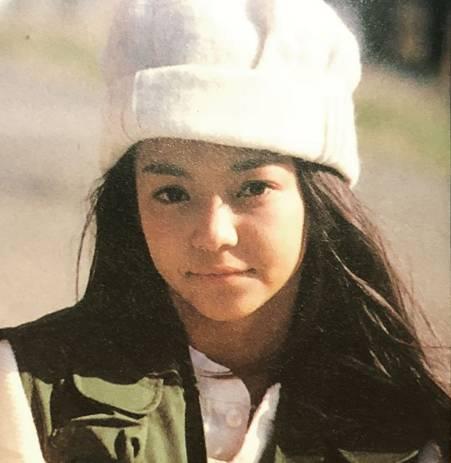 若い頃、デビュー当時の安室奈美恵の画像