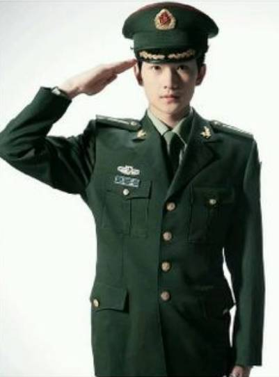 中国俳優ヤンヤンの若い頃